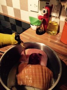 Cider ham pour